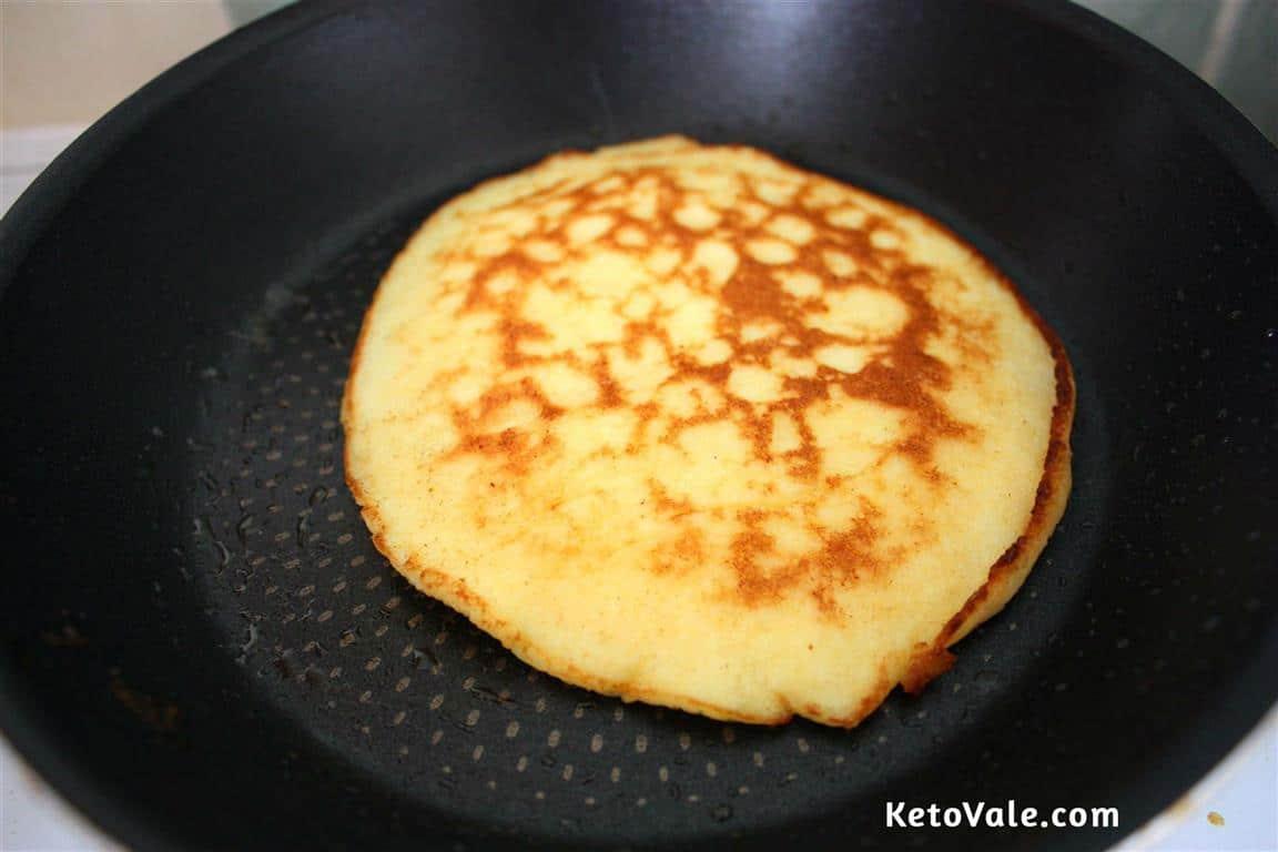 ketogenic pancakes cream cheese