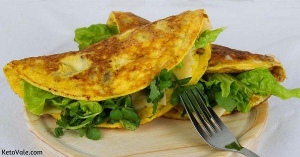Bacon Mushroom Cheese Omelette