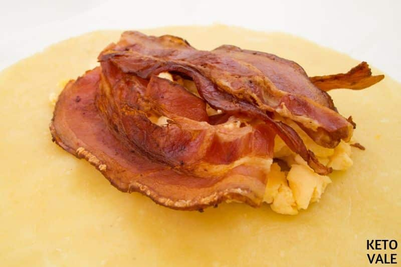 egg bacon in the filling