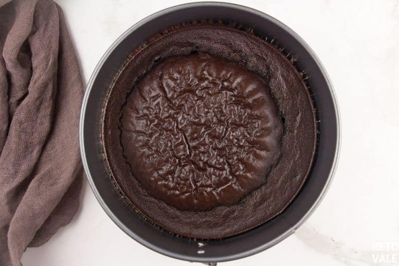 bake brownie crust