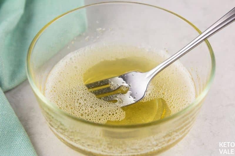 dissolve gelatin in water