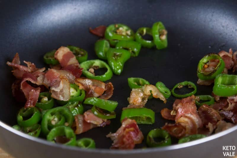 fry bacon with jalapeno