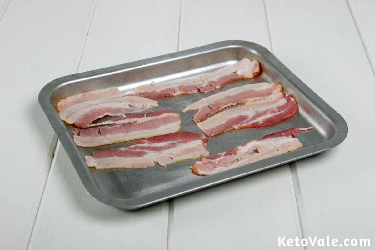 Roasting bacon slices