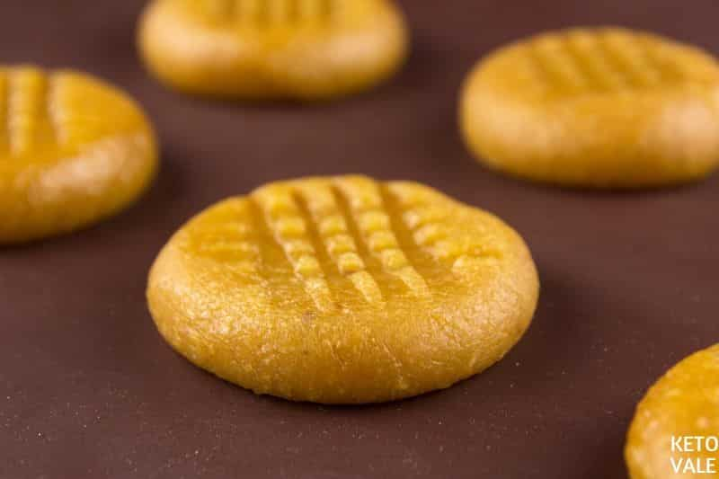 baking peanut butter cookies