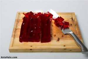 Cut jelly into small cubes
