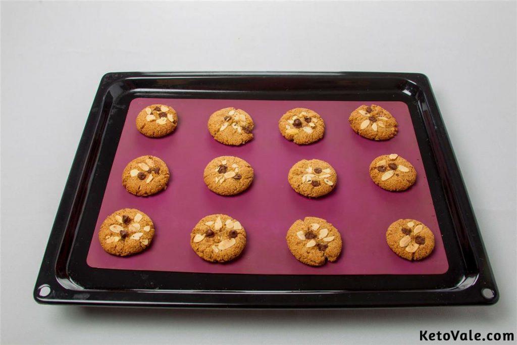 Baking gluten free cookies