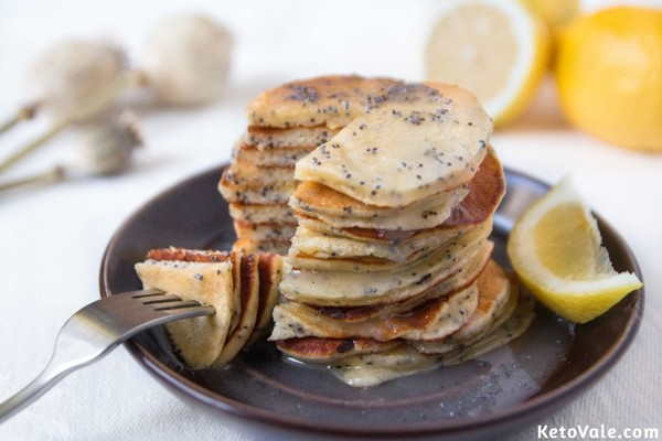Low Carb Lemon Poppy Seed Pancakes