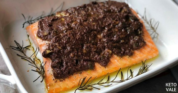 Baked Salmon with Tapenade
