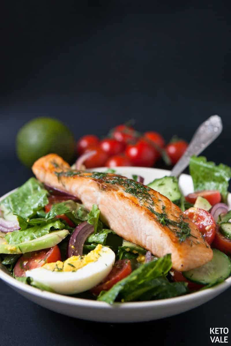 salmon egg avocado salad