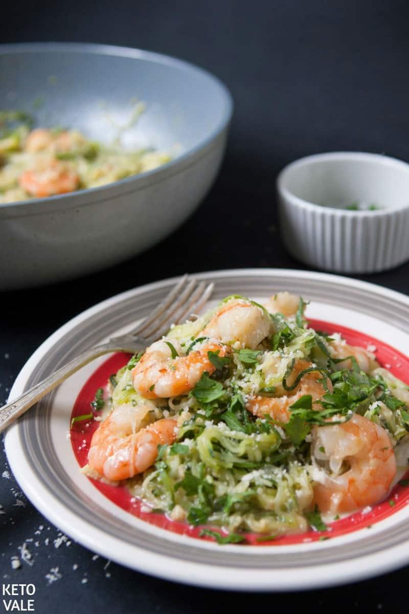 keto zucchini shrimp alfredo