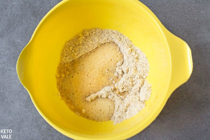 combine egg parmesan almond flour