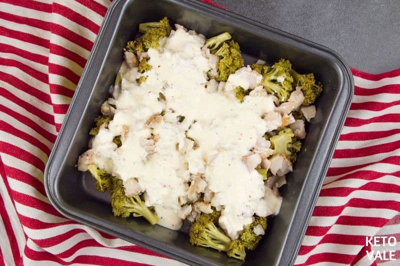 top casserole pan with ingredients