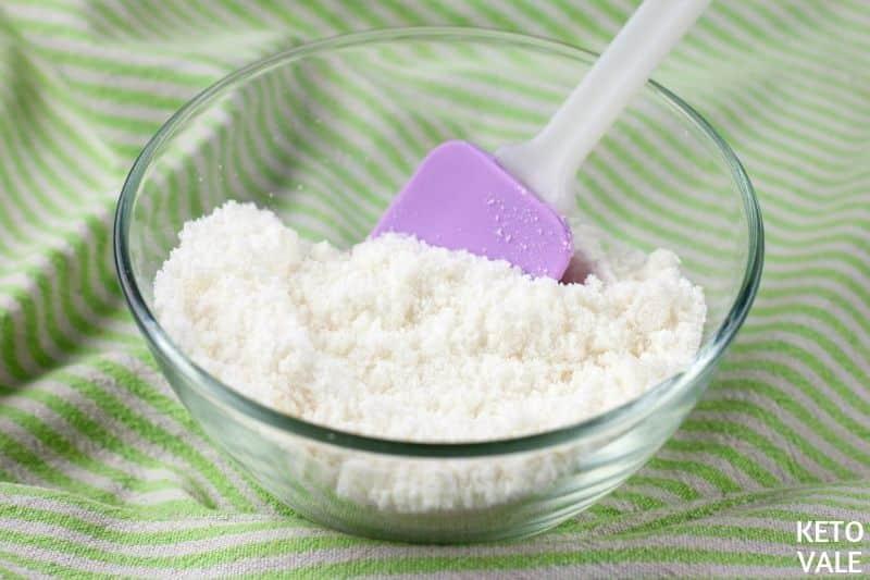 mix flour collagen erythritol
