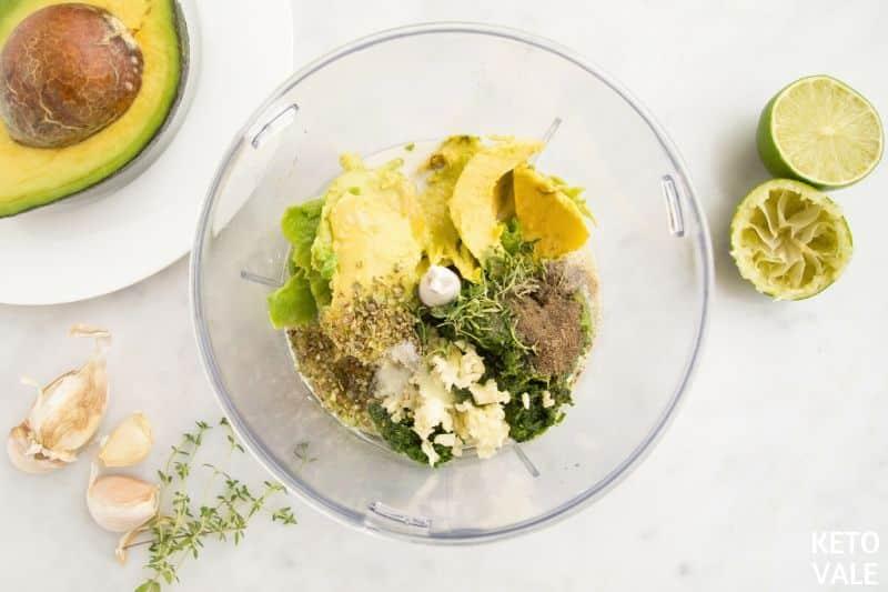 blend avocado spinach herbs
