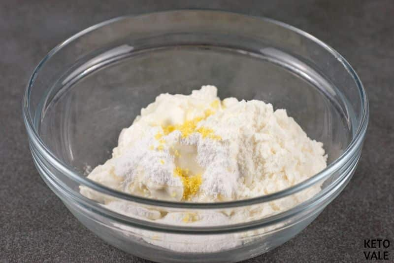 add cream cheese erythritol lemon