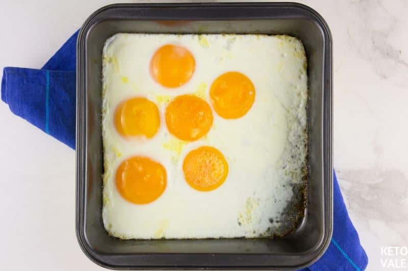 how long to bake eggs