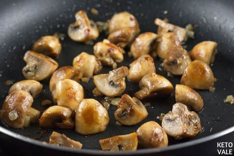 cook mushrooms onions garlic