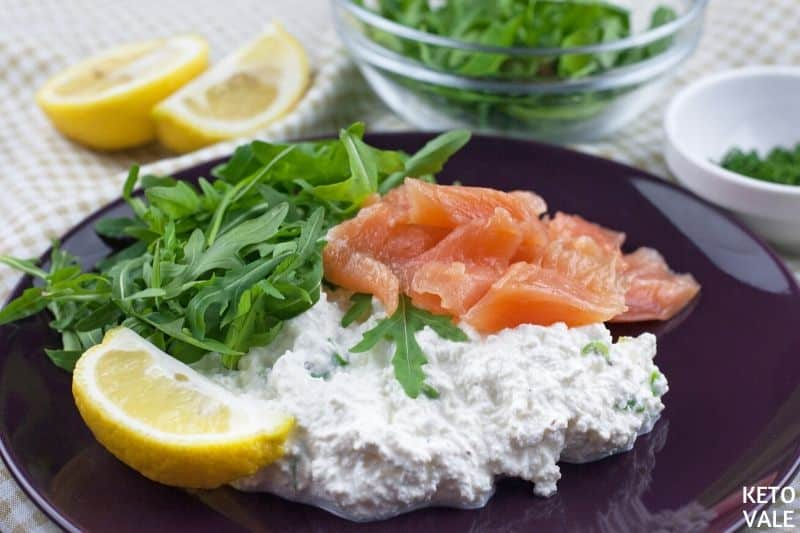 arrange salmon rocket leaves