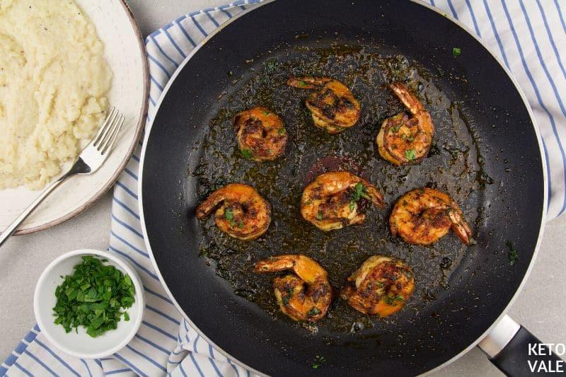 serve shrimp with cauliflower grits