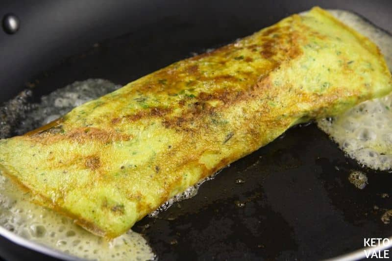 add half egg mixture roll