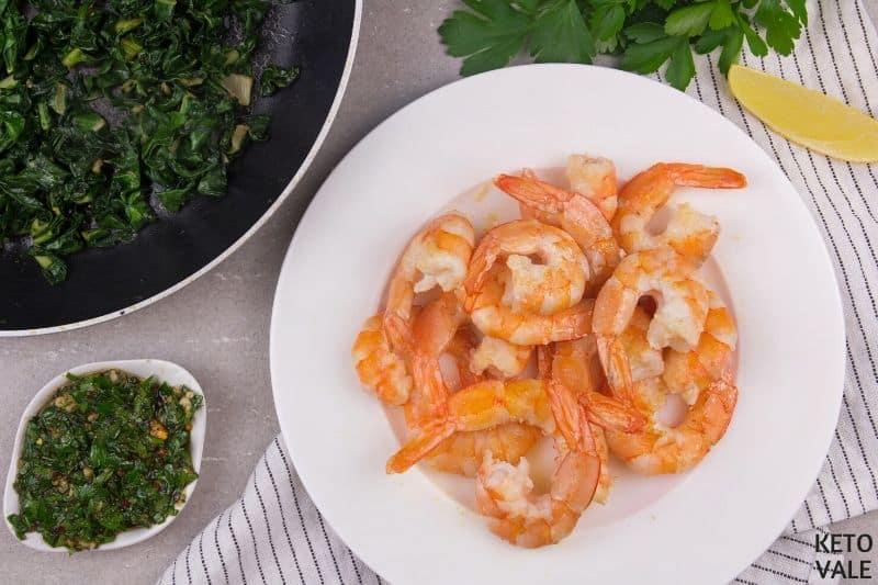 season cooked shrimps salt pepper