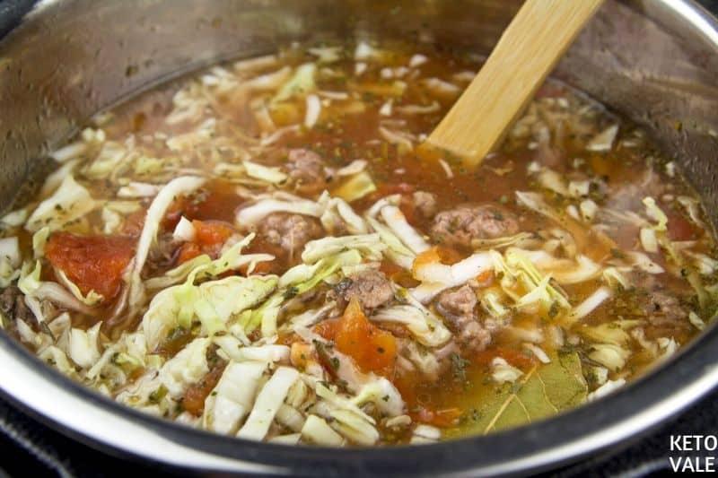 cook instant pot cabbage soup