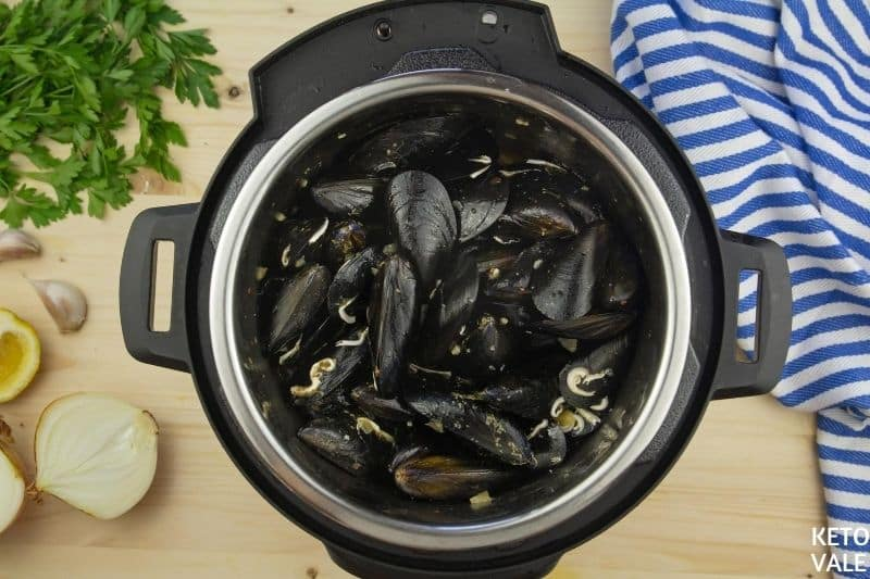 cook mussels in instant pot