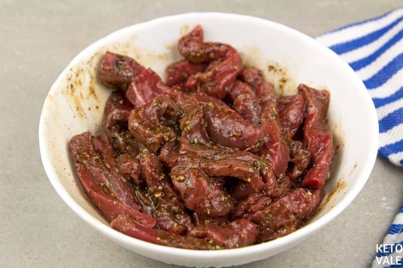marinate beef with spices