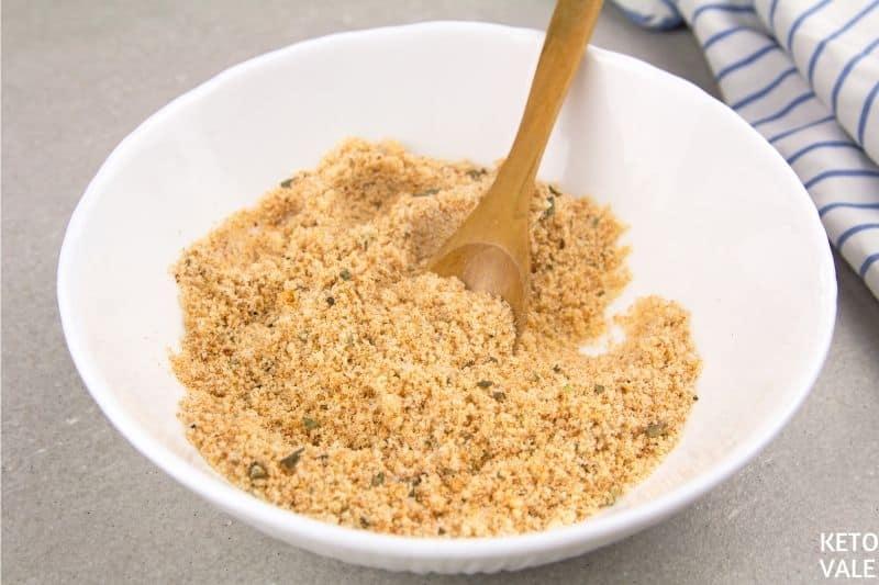 mix parmesan almond flour spices